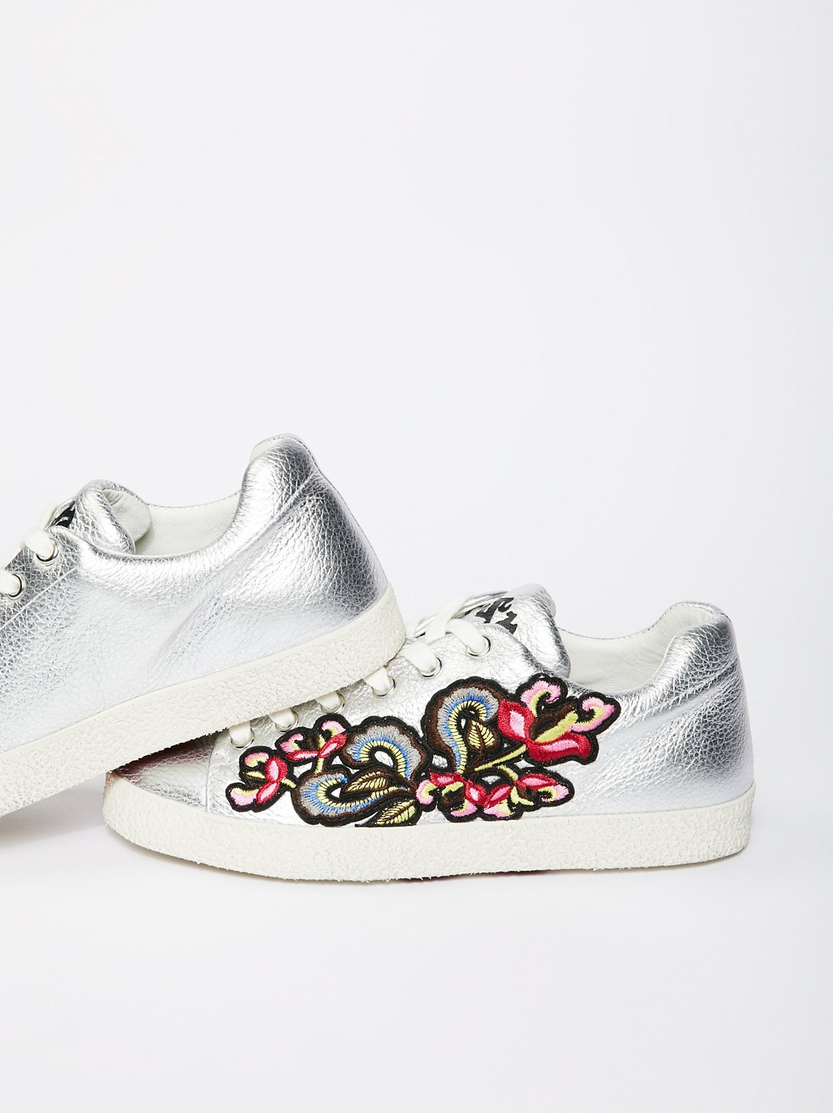 Nak Embroidered Sneaker