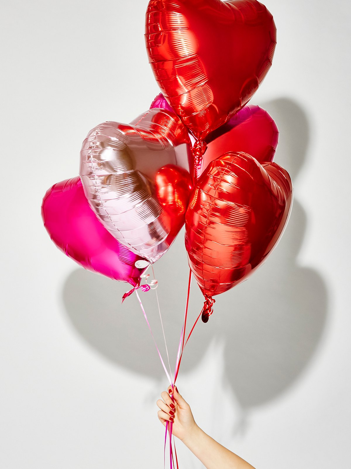 金属色心形气球