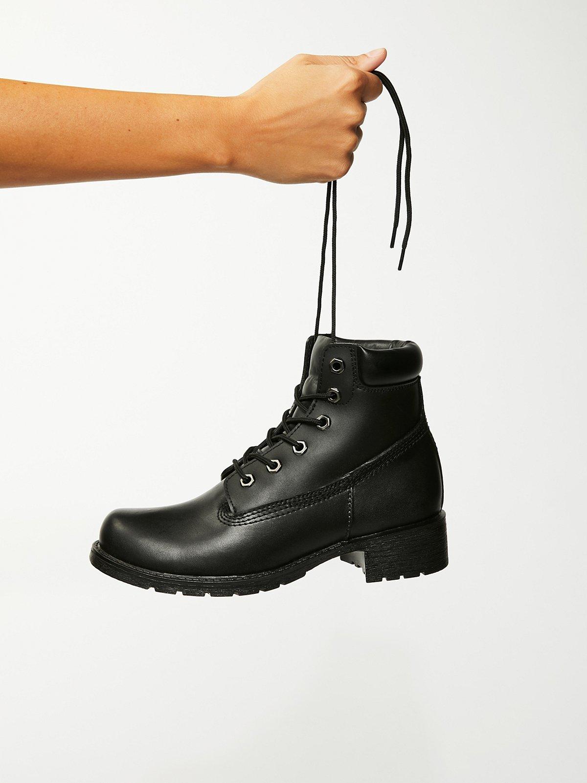 Deluge系带靴