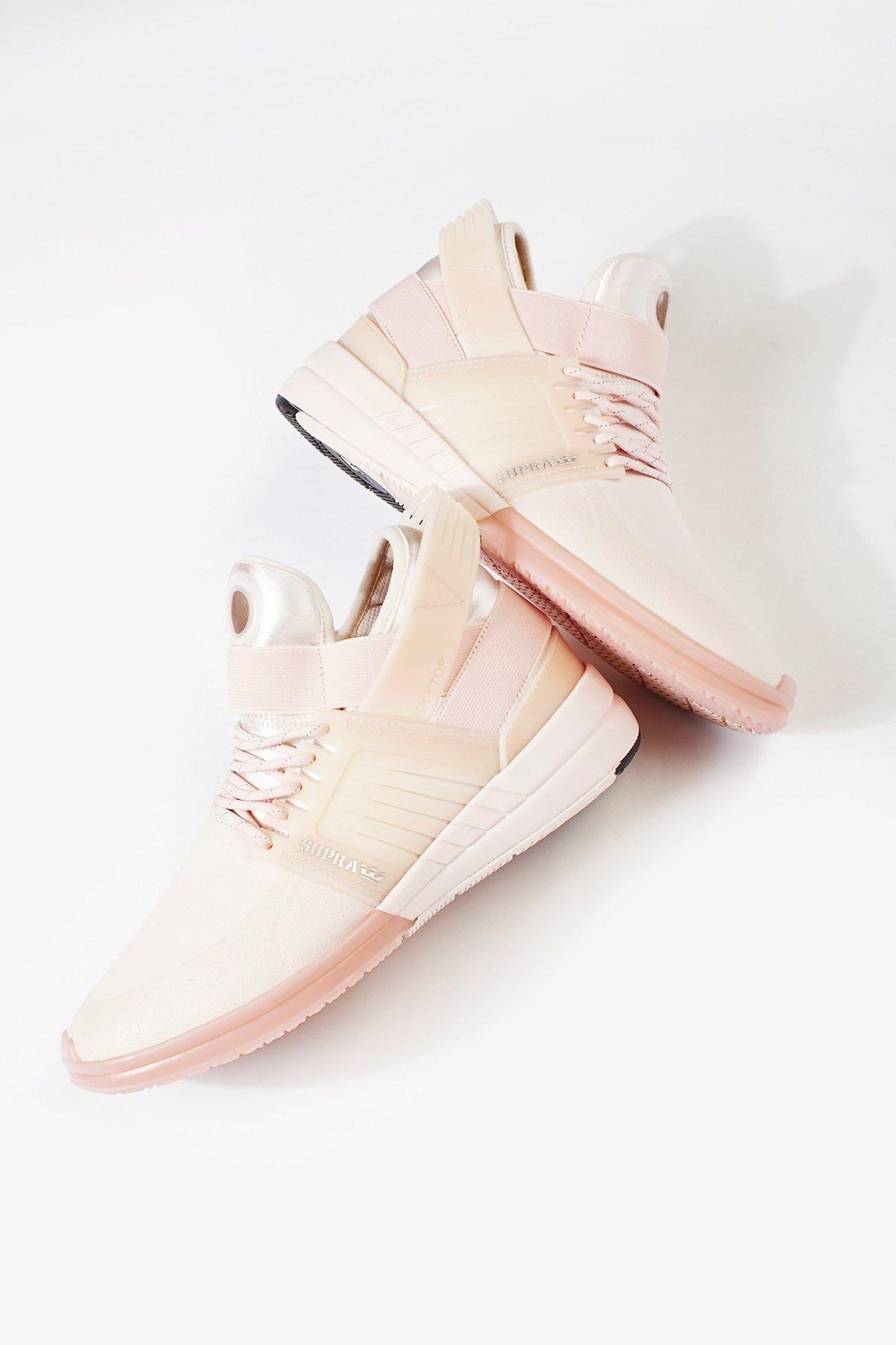 Sky V Sneaker