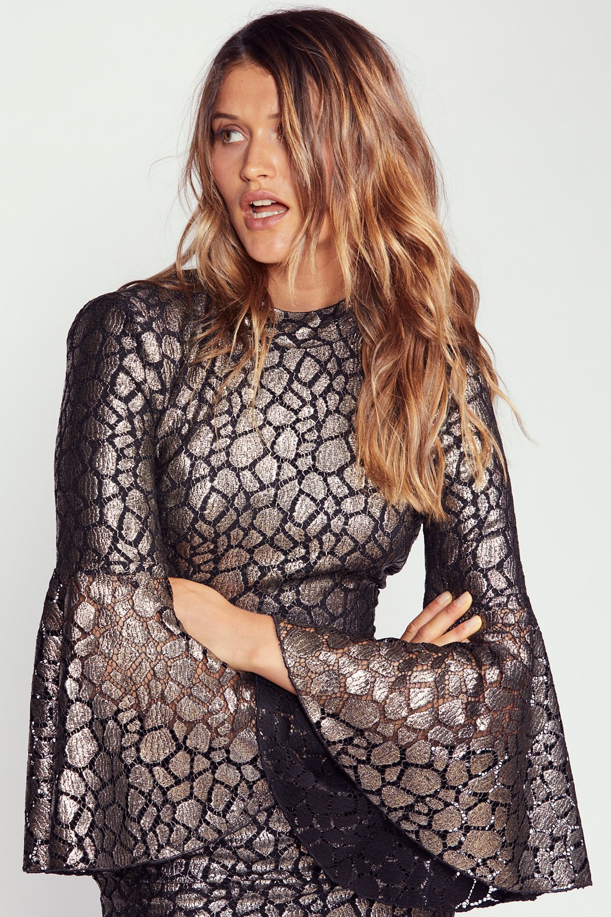Mireya Flare Sleeve Midi Dress