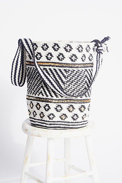 Product Image: Azul Crochet Bag