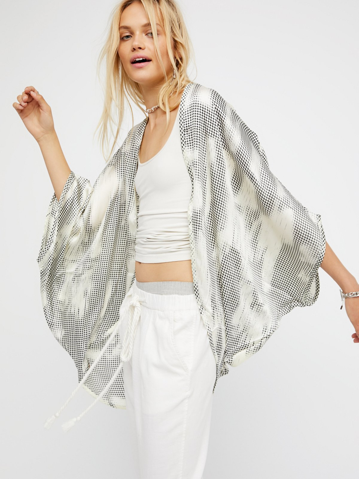 Point Break Silky Kimono