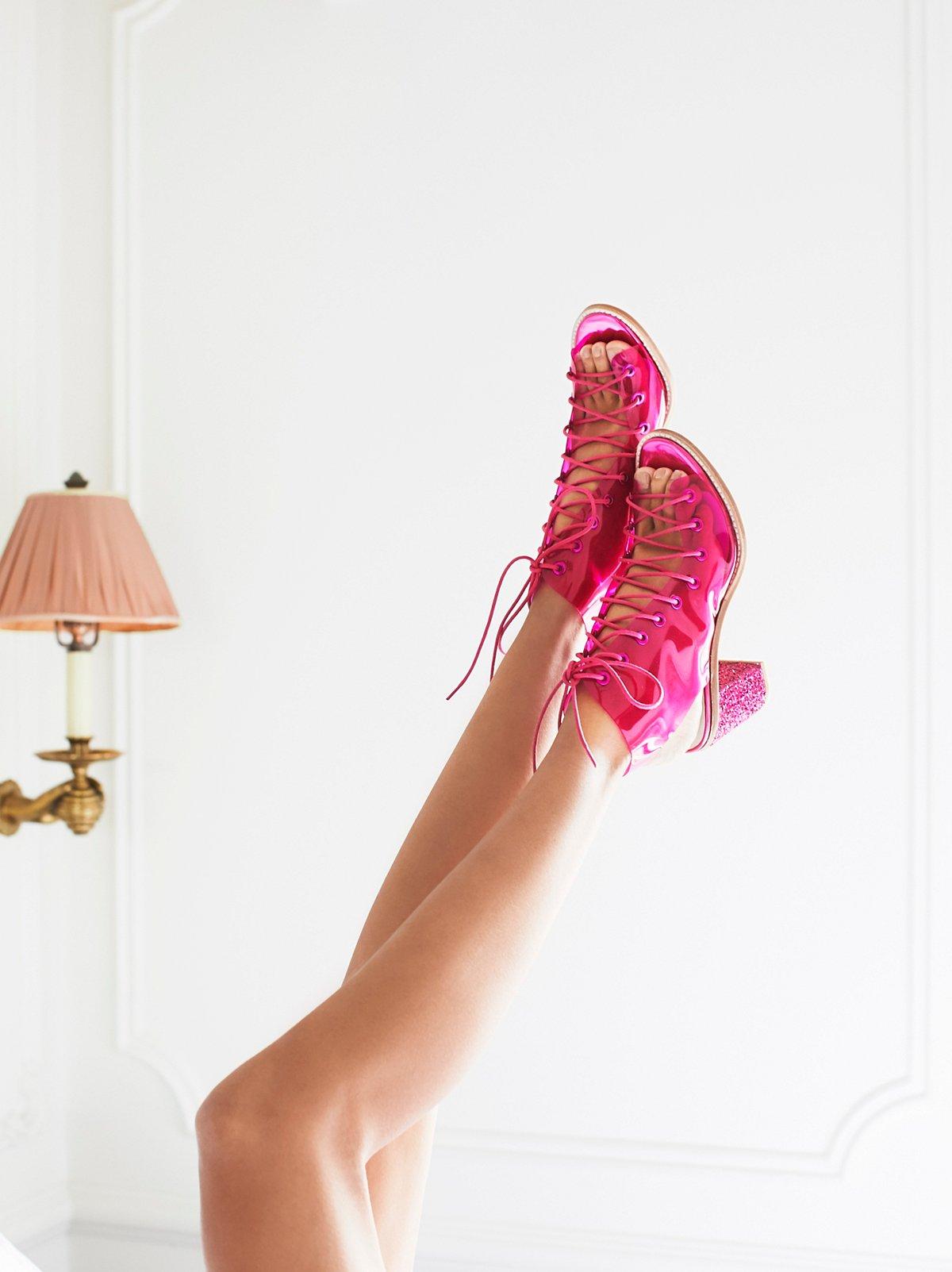 乙烯塑料极简风格系带高跟鞋