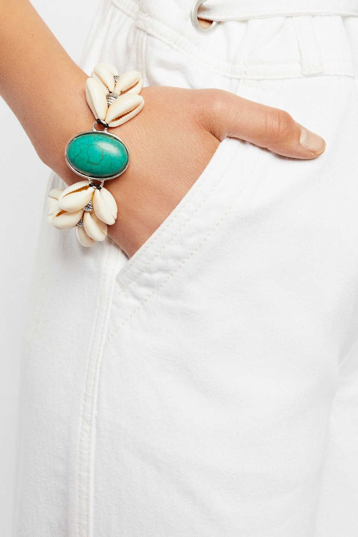 By The Sea Shell Turquoise Bracelet