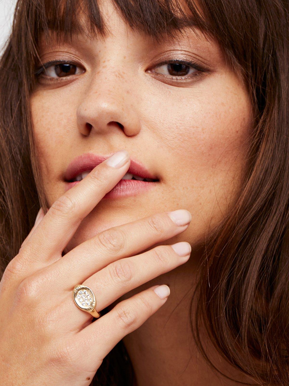 14k Spark Shield Sapphire Signet Ring