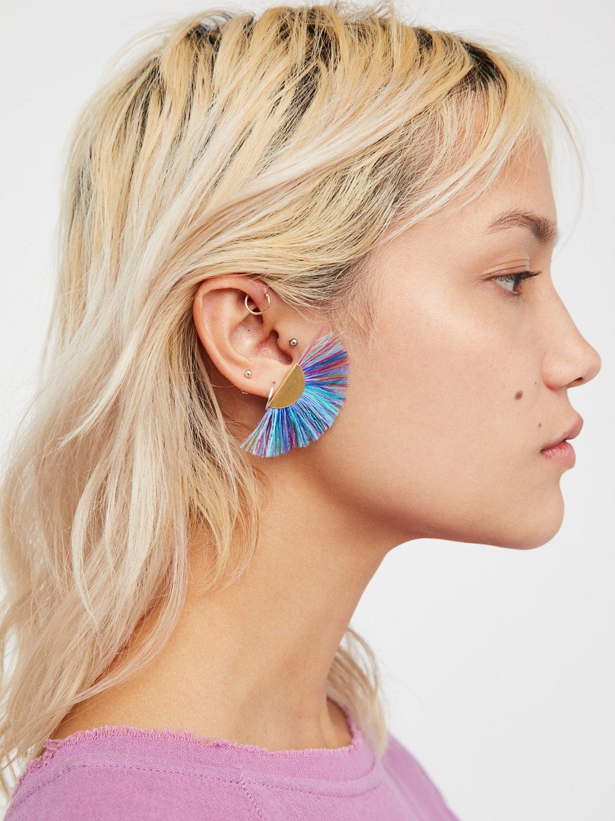 Tropicana扇形装饰耳钉