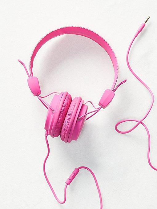 Product Image: WESC Matte Conga Headphones