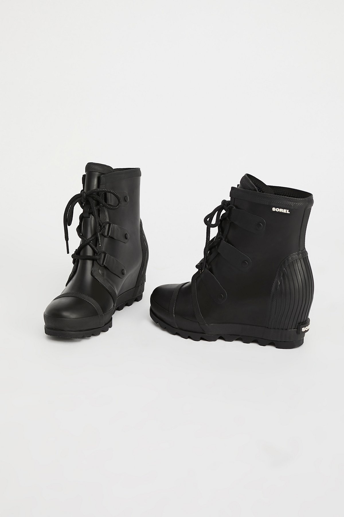 Joan坡跟靴