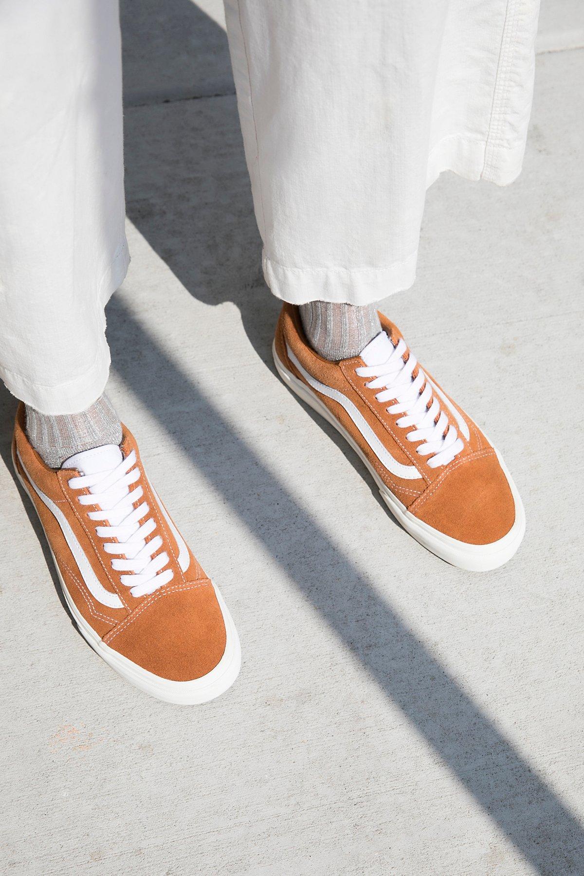 Old School Retro Sport Sneaker