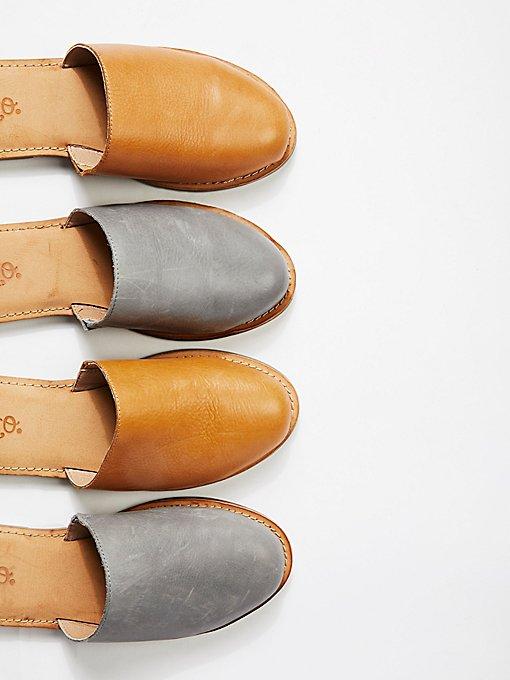 Product Image: Hallie平底鞋