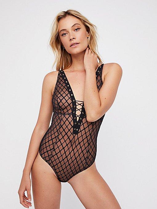 Product Image: Nikki系带连体紧身衣