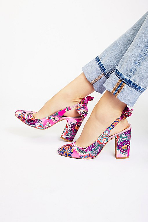 Product Image: Tapestry Dazzle Dazzle Heel
