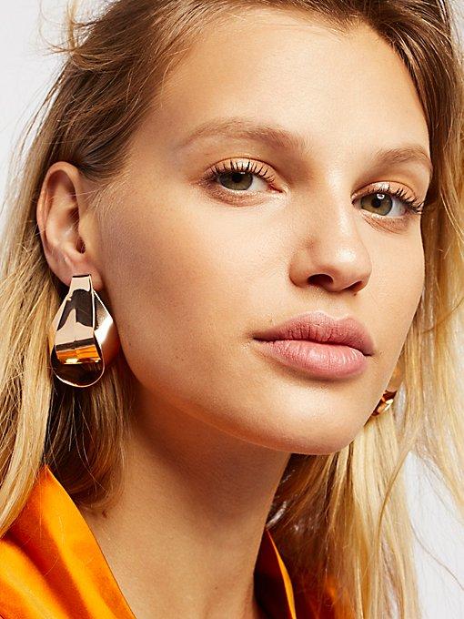 Product Image: Sleek Knot Metal Earring
