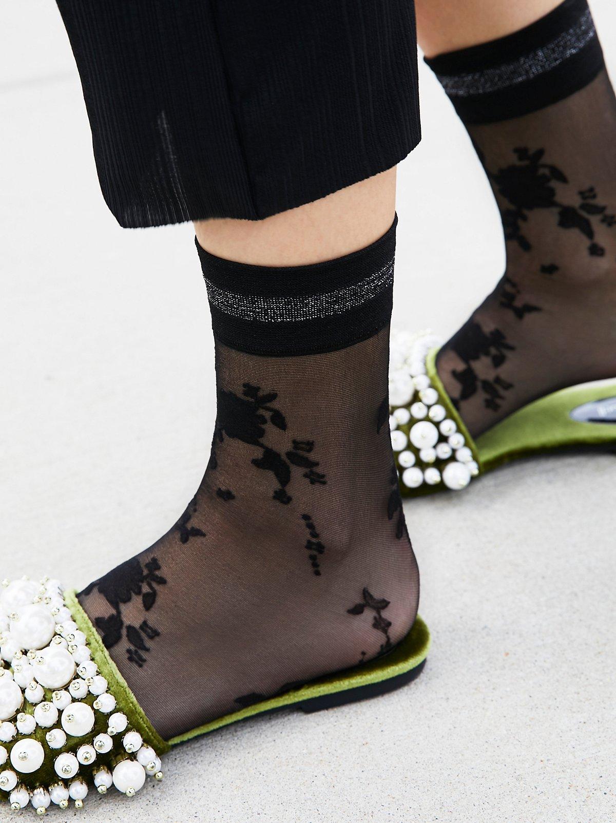 Mariposa Floral Sport Anklet