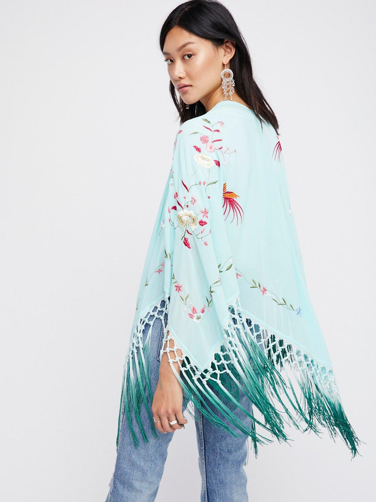 Kiss The Sky Embroidered Kimono