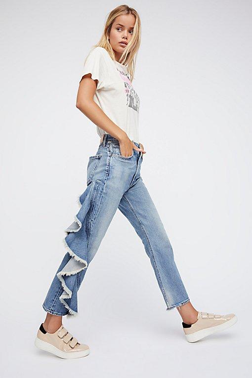 Product Image: Estella侧面荷叶边牛仔裤