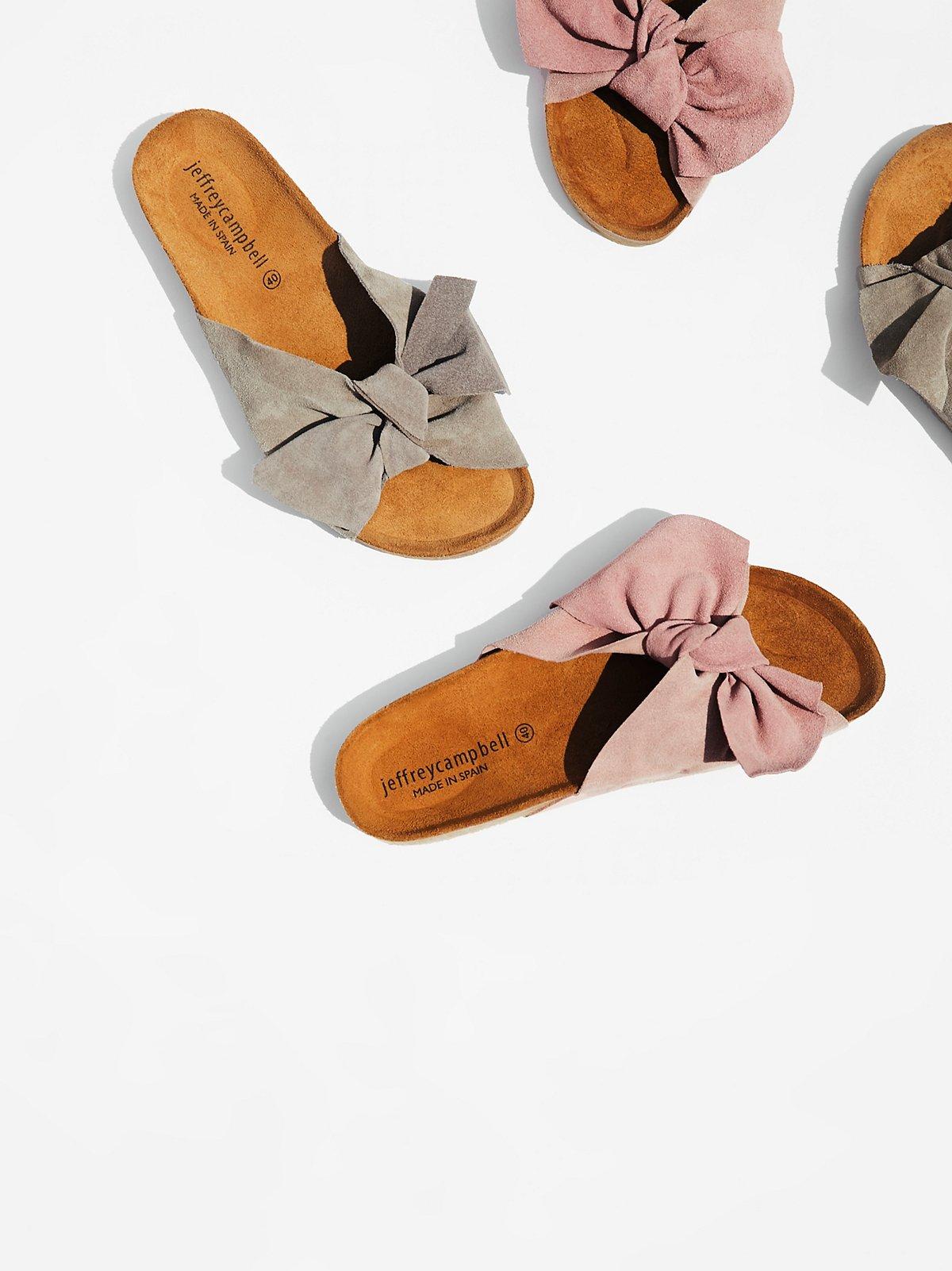Do The Twist Sandal