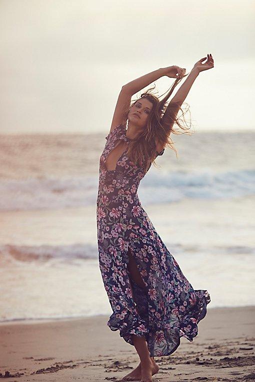 Product Image: 花朵图案及踝连衣裙
