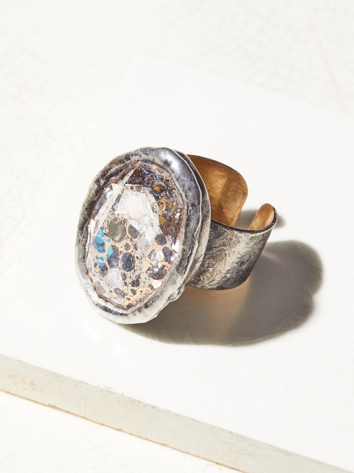 Swarovski Monarch Stone Ring