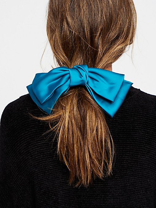 Product Image: Silk Bow Barrette
