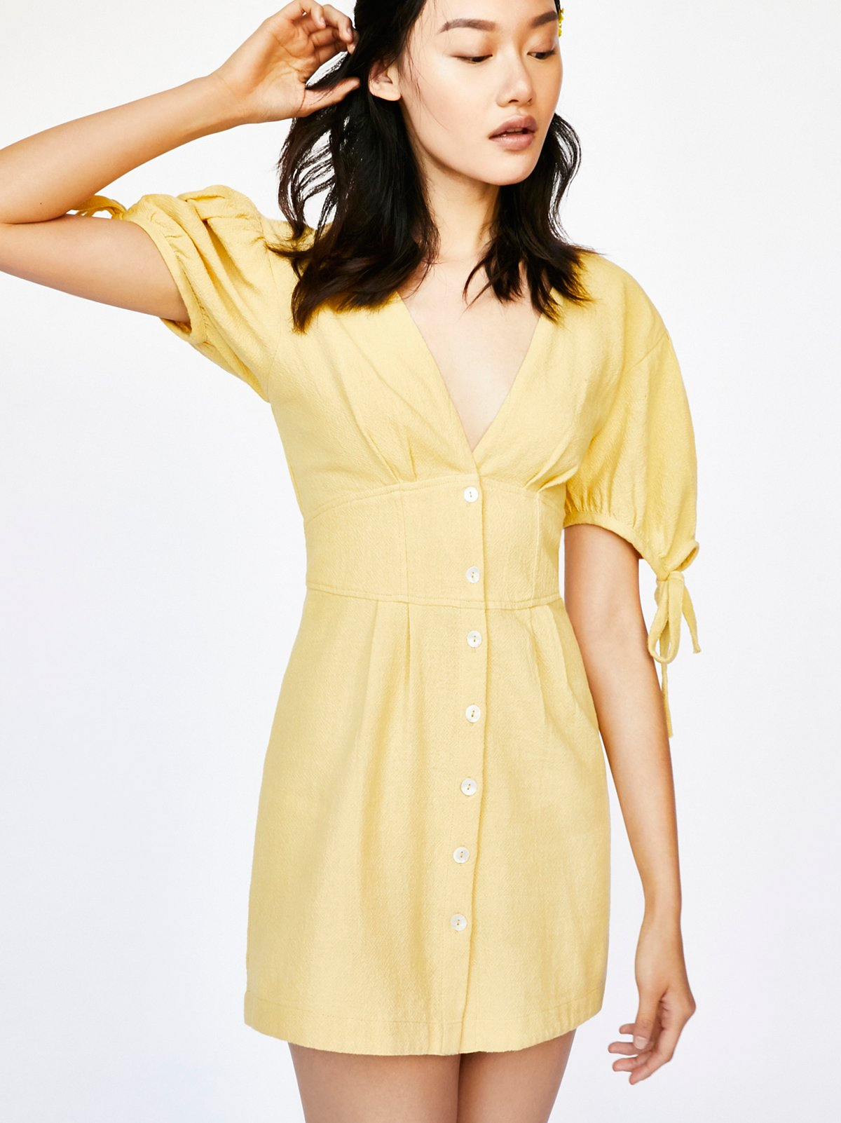Doub连衣裙