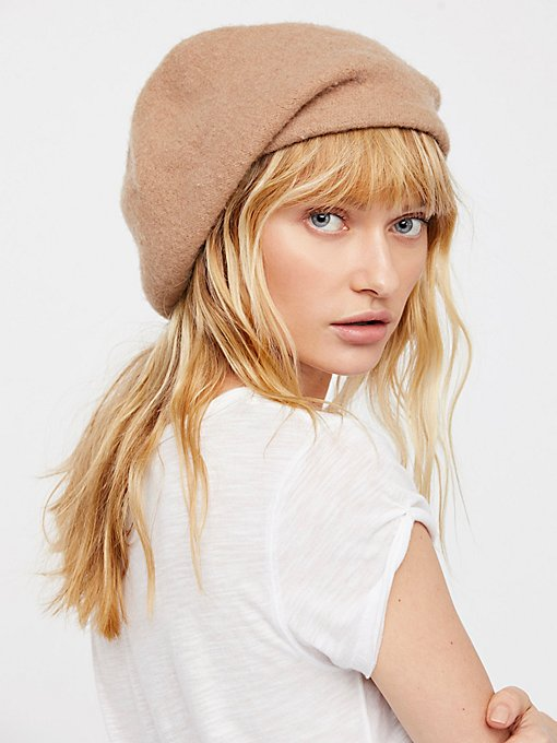 Product Image: Bisous Slouchy Beret