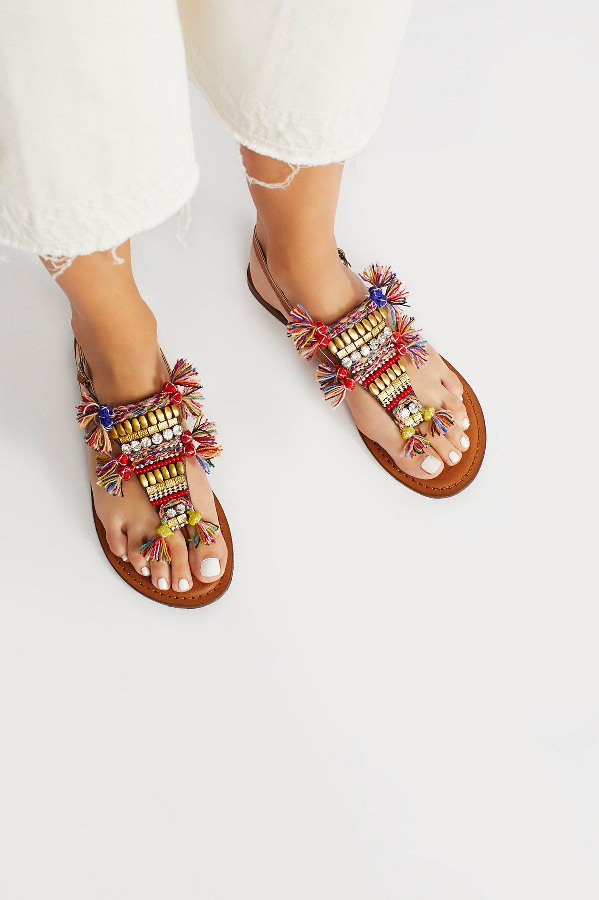 Vegan Tulum装饰凉鞋