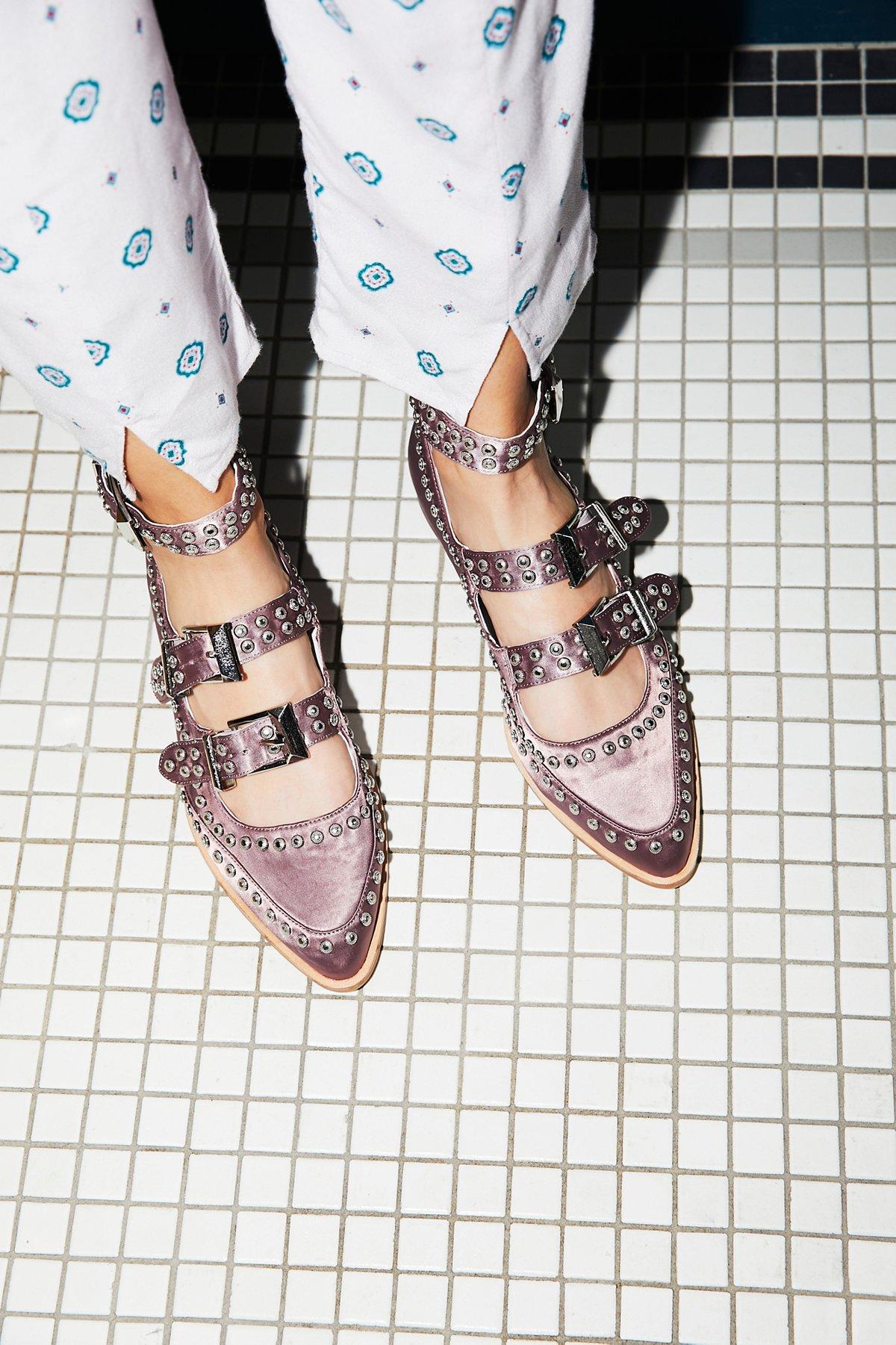Cooper铆钉平底鞋