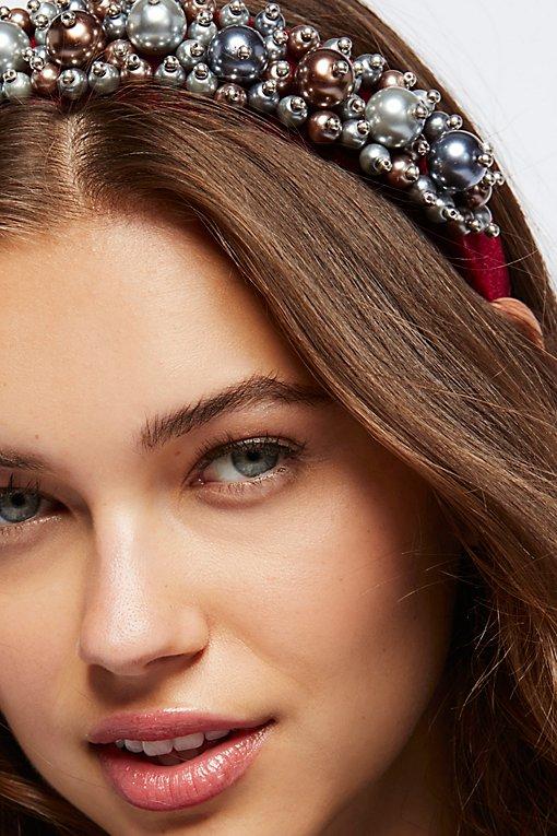 Product Image: Palace Pearl Headband