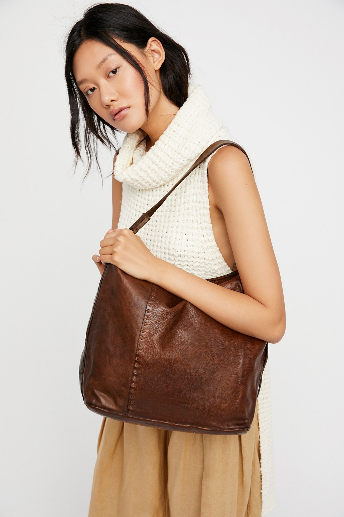 Trapani Distressed Hobo