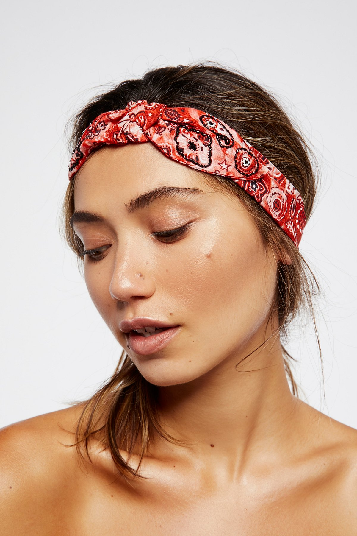 酸洗珠饰头巾