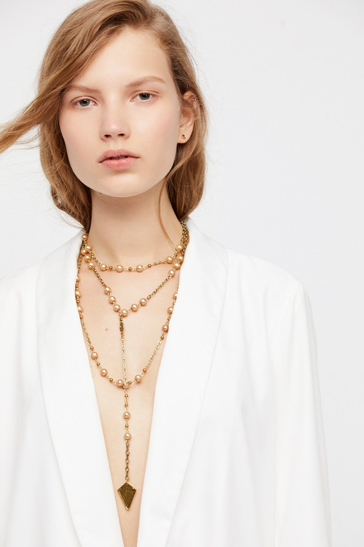 Marlena珍珠串珠项链