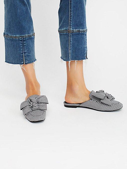 Product Image: Raves蝴蝶结平底鞋