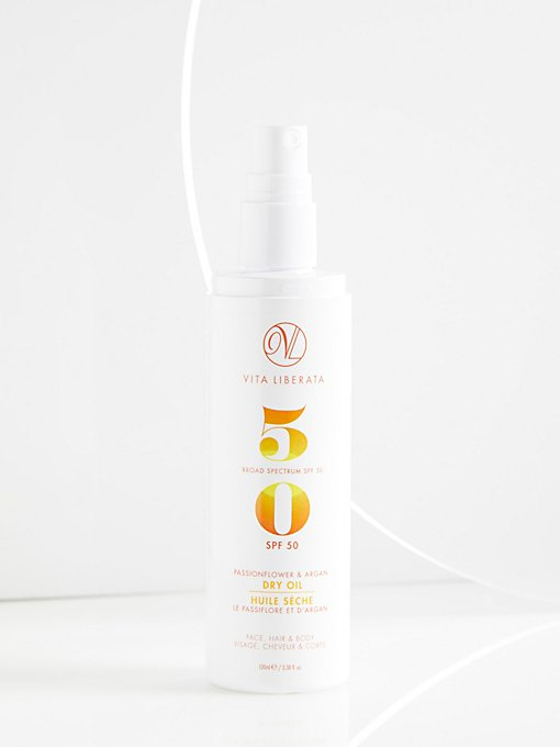Product Image: Passionfruit and Argan Dry Oil SPF 50