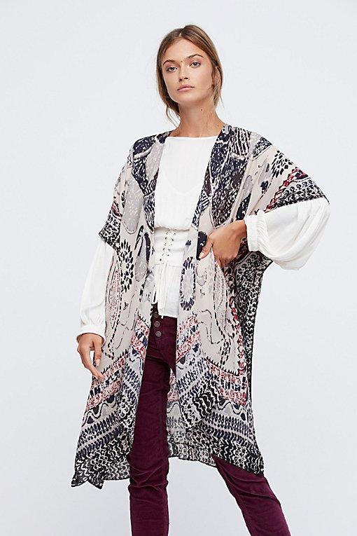 Product Image: Riviera Border Print Kimono