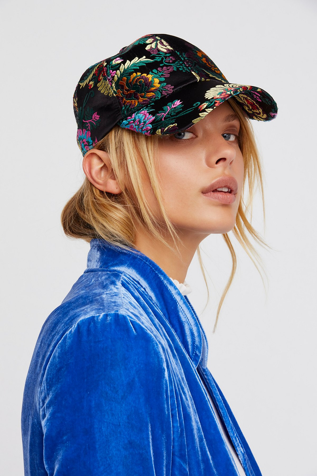 Well-Traveled刺绣棒球帽